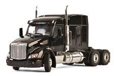 WSI 33-2026 Peterbilt 579 3-Axle Tractor w/Flat Top Sleeper - Black 1/50 MIB