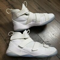 NIKE Zoom Lebron Soldier XI 918369-103 Triple White Basketball Size 6Y/Womens 8