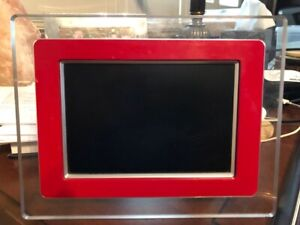 PHILIPS DIGITAL CLEAR - RED PHOTO FRAME 7FF1MS37  7""