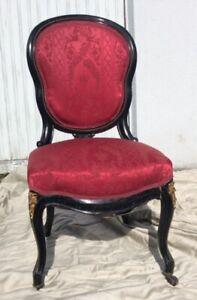 Eleganter Rokoko Sessel / Stuhl aus Herrenhaus / Schloss - Barock, Empire, antik
