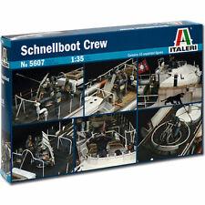 ITALERI Schnellboot Crew 5607 1:35 Figures Model Kit