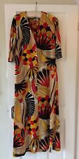 VINTAGE 1960's cool maxi/midi dress in dynamic geometric print on jersey size 12