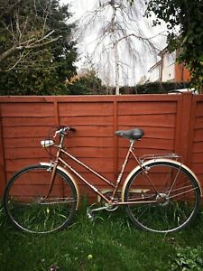 Ladies 1970's Puch Elegance Vintage Bicycle 3 Speed Town Bike - Grantchester VGC