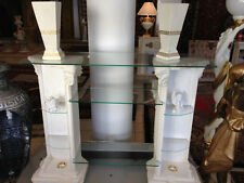 Fertig montierte moderne TV-und HiFi-Tische