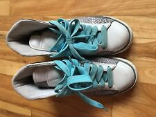 Women's Girl's Nike Blazer White Baby Blue and Silver Pre-Owned size 7,5 US