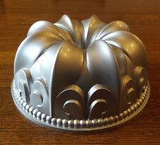 "NORDIC WARE ""Fleur De Lis"" BUNDT PAN with Plastic Cake Keeper  Recipe cards"