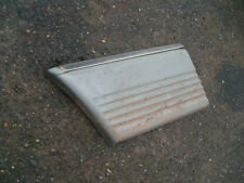 Mercedes wing Body cladding moulding 80-85 w126 front right