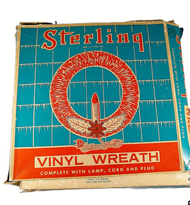 Vintage Sterling Raylite  Vinyl Christmas Wreath #704 USA 1960's