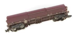 Graham Farish N gauge 378-826 BRA strip steel carrier EWS. Weathered.