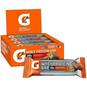 18 CHOCOLATE PRETZEL WHEY PROTEIN BARS NO BOX BEST BY MARCH 16,2021