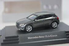 Herpa Mercedes GLA-classe (x156), gris métallique-Dealer PC - 0262 - 1/87