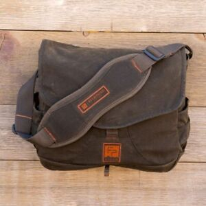 NEW FISHPOND FIELD LODGEPOLE FISHING SATCHEL IN PEAT MOSS COLOR - FREE US SHIP