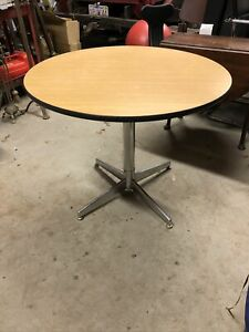 """Herman Miller Eames 36"""" Round Table Top Chrome Metal Base 29"""" Total Height"""