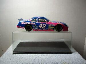 1/24 SCALE NASCAR IN ACRYLIC CASE ~ RACING COLLECTIBLES ~ #42 KYLE PETTY PONTIAC