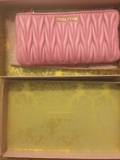 Authentic NEW Miu Miu Matelasse Leather Zip Pouch Clutch Pink GERANIO 5M1153