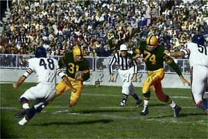 GREEN BAY PACKERS FRED CONE v. CHICAGO BEARS 1957 PRINT (comes 4 sizes)