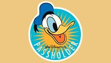 Walt Disney World Donald Duck Annual Passholder Magnet