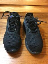 New listing MEN'S NIKE AIR BLACK TENNIS SHOE S 9.5 PRE OWNED