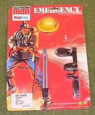 ORIGINAL VINTAGE ACTION MAN CARDED EMERGENCY FIRE FIGHTER - 2