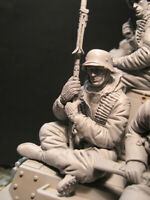Unassembled Character Model 1/16 Resin Man Unpainted Diy Gift Military Figure