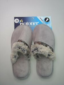 Isotoner - Slippers - Women - 6.5-7 - Gray