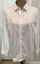 Robert Graham Women's LS White Stretch Button Front Blouse/Shirt - Size M
