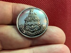 ADY FAMILY of County KENT COAT OF ARMS w CHERUBS 25.7mm S/P LIVERY BUTTON blank