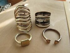 Women's 4 rings LOT Girls Costume Jewelry Bracelet Pre-owned Bangle