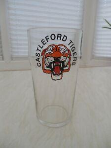CASTLEFORD TIGERS pint glass