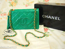 AUTH VTG CHANEL CLASSIC CAMERA BAG W/TASSEL LAMB LEATHER KELLY GREEN GHW SMALL