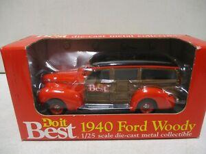 Ertl Do It Best 1940 Ford Woody 1/25