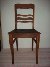 vecchio Sedia in legno massiccio und stabile squallido-Linoleum