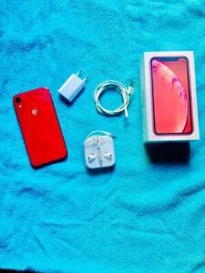 APPLE I PHONE XR's