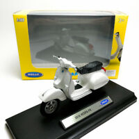 Welly 1:18 Die-cast 2016 Vespa PX Scooter Motorcycle White Model with Box Collec
