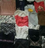 Huge 20 Piece LOT of Womens Juniors CLOTHES Sz XS/S