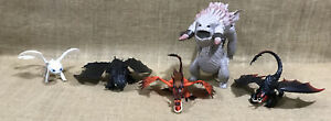 Lot of How To Train Your Dragon Figures Dreamworks