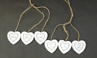 NEW SASS & BELLE SMALL WHITE WOODEN TRIPLE HANGING HEARTS DECORATIONS GIFTS