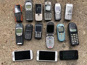 ALTE HANDYS GEBRAUCHT  NOKIA SAMSUNG I PHONE 15 Stück