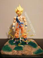 DRAGON BALL Z Super S.H. Figuarts Goku Awakening Battle Damage CUSTOM + Base