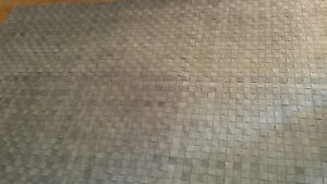 """Surya Rock 5' x 7'6"""" Hand Woven Leather Rug in Gray"""