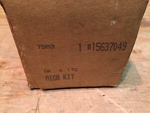 2000 CADILLAC ESCALADE GMC CHEVROLET NOS GM ALIGNMENT CAM KIT 15637049