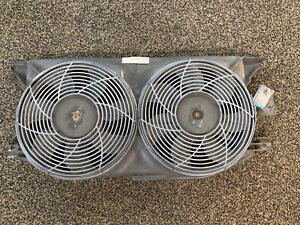 For Mercedes W163 ML320 ML350 Cooling Fan Shroud Between Radiator /& Engine OES
