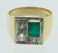 Diamond 0.33cts  Emerald 0.76 cts 18 Carat Yellow Gold Ring Square Size L 1/2