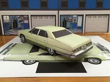 Papercraft Chevrolet Caprice 4 door GREEN Paper Model Car EZU-make 1975