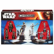 NEW HASBRO DISNEY STAR WARS STARWARS CHESS GAME  B2345 BOARD GAME