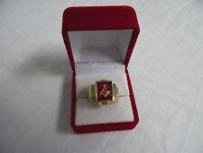 10K Gold Masonic Ring Mason Red Compass 8.53 grams Size 7-1/2