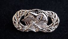 US AIR FORCE SUPPLY FUEL BADGE PIN REGULATION SIZE MILLITARY AFB UNIFORM GIFT