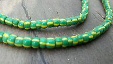 Perles de verre originale du Ghana vert et jaune