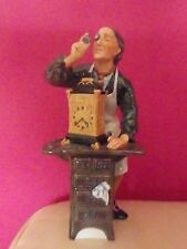 ROYAL DOULTON FIGURINE - THE CLOCKMAKER HN 2279 - PERFECT !!