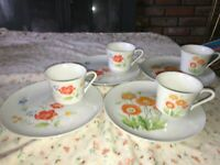 4 Sets VTG Luncheon Snack Plate & Cup Red Orange Poppy Flowers Made in JAPAN 987